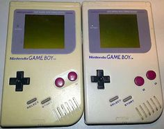 Déjaunir Game boy grâce au bicarbonate Nintendo Games, Nintendo Consoles, Game Boy, Cleaning, Homemade, Couture, Cleaning Recipes, Homemade Drain Cleaner, Clean House