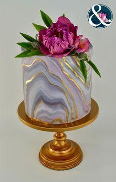 40+ natural beautiful marble wedding cake - Crushappy Blog#wedding #weddingcakes #cake #color #happy #marble