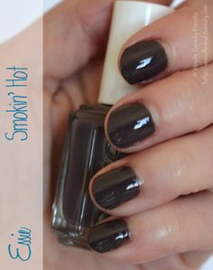 Essie Smokin' Hot, a purple greige vampy nail polish that I love!   #NailPolish Swatch ~15MinuteBeauty.com