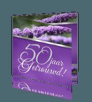 #Feest.Nieuw.Sfeervolle kaart met paarse bloemen en zilveren band.Stijlvol en vrolijk!Jubileum uitnodiging met foto paarse bloemen