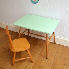 Bureau et chaise dcolier vintage Buton Bureaus and Room