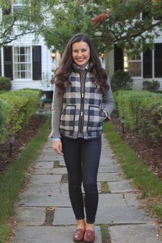 Sweater weather in 2019 fashion preppy casual, how to wear f Preppy Winter Outfits, Fall College Outfits, Preppy Casual, Cold Weather Outfits, Preppy Fall Outfits Southern Prep, Preppy Southern, Southern Shirt, Southern Marsh, Southern Tide