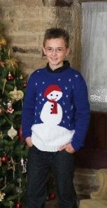 Free Patons Christmas Jumpers Pattern gonna start a new christmas tradition and make a jumper every year!!!