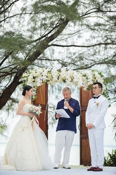 Titien and mishiels green and white wedding at padma hotel bandung titien and mishiels green and white wedding at padma hotel bandung destination weddings pinterest bandung wedding organiser and wedding themes junglespirit Images