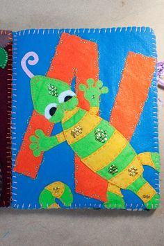 N is for Newt. A blog about quiet books, activity books, busy books, felt books. Free patterns, templates, and printables.