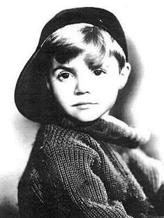 """Scott Hastings """"Scotty"""" Beckett (October 1929 – May was an American actor. Beckett began his career as a child actor in the Our Gang shorts and later co-starred on Rocky Jones, Space Ranger. Old Hollywood Stars, Classic Hollywood, Comedy, Celebrity Deaths, Cinema, Thanks For The Memories, Star Wars, Child Actors, Old Tv Shows"""