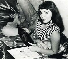 Joan Collins c. 1950's beatnik style (please follow minkshmink on pinterest)