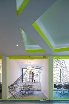 Un espace de travail design selon Penson (8)