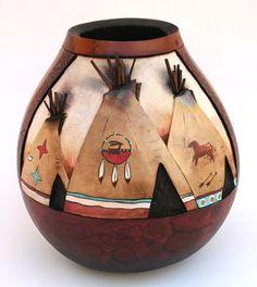Desenvolva atividades que além de relaxantes ainda resultem em itens bonitos, como os 15 artesanatos indígenas inspiradores que trazemos hoje. Escolha peças para o ...