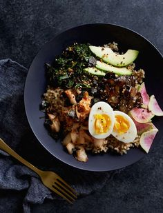this faux bibimbap recipe is perfect for your savory tastebuds, via @goop