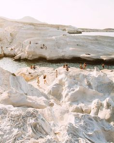Milos, Kikladhes, Griechenland - Simply by Simone - Travel Oh The Places You'll Go, Places To Travel, Travel Destinations, Places To Visit, Adventure Awaits, Adventure Travel, Voyager C'est Vivre, Couple Travel, Travel Aesthetic