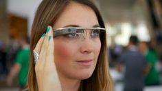 Ante su inminente lanzamiento, ya son muchas las aplicaciones que le darán la bienvenida a las Google Glass en 2014 En la actualidad, las tecnologías móviles se han convertido en una gran ayuda para la vida cotidiana de millones de personas en el mundo. Smartphones y tablets son terminales... Las Google Glass cambiarán la forma de ver el nuevo año en http://yeep.ly/1eEEZAh