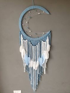Blue Maia moon with extra feathers Blue Maia moon with extra feathers Macrame Design, Macrame Art, Moon Dreamcatcher, Dreamcatchers, Micro Macramé, Macrame Projects, Crochet Projects, Macrame Patterns, Dream Catcher Decor