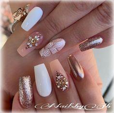 Amazing Wedding Nails For The Bride – Nails Cute Acrylic Nails, Glitter Nails, Cute Nails, Pretty Nails, Diy Nails, Bride Nails, Wedding Nails, Prom Nails, Perfect Nails