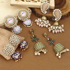 Antique Jewellery Designs, Fancy Jewellery, Indian Jewellery Design, Antique Jewelry, Jewelry Design Earrings, Ear Jewelry, Designer Earrings, Trendy Fashion Jewelry, Fashion Jewellery