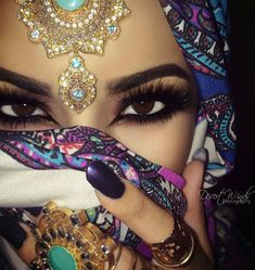 Восточный макияж - фото и видео. Как сделать восточный макияж пошагово. #восточный #макияж глаз #восточный макяиж