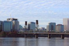 Hawthorne Bridge, Portland Oregon. Photo by Chris Crowder.