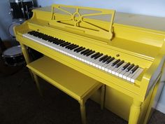 How to paint a piano - another good one that doesn't require taking it apart.