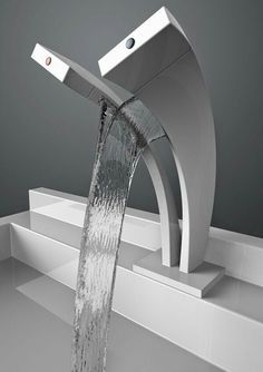 Waterfall Faucet Design For Modern Bathroom Style - Home & Decor Lavabo Design, Casa Clean, Waterfall Faucet, Yanko Design, Deco Design, Bathroom Interior, Bathroom Remodeling, Bathroom Furniture, Design Bathroom