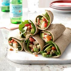 A homemade dressing lightens up these refreshing tortilla wraps. The avocado, bacon, blue cheese and tomato deliver the flavors I enjoy most while keeping me on my healthy eating plan. Wrap Recipes, New Recipes, Cooking Recipes, Healthy Recipes, Lunch Recipes, Healthy Meals, Healthy Food, Appetizer Sandwiches, Wrap Sandwiches
