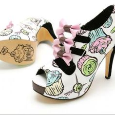 Need these shoes! -- harajuku fairy kei pastel goth japanese street fashion
