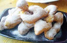 A legfinomabb csöröge receptje, amit csak a nagymama ismert igazán! Hungarian Recipes, Challah, Kfc, Donuts, Cake Recipes, French Toast, Bread, Chicken, Breakfast