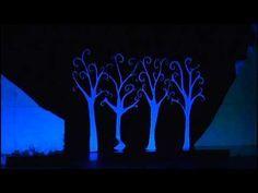 Teatro negro navidad Church Stage Design, Book Art, Theatre, Alice, Glow, Handmade, Painting, School Ideas, Woods