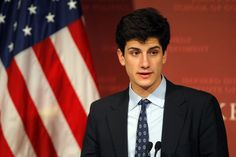 Jack Schlossberg speaks at the John F. Kennedy New Frontier Award ceremony at the Kennedy School of Government at Harvard University in Cambridge, Massachusetts November 25, 2013. Schlossberg is Caroline Kennedy Schlossberg's son and President John F. Kennedy's grandson.     REUTERS/Brian Snyder    (UNITED STATES - Tags: EDUCATION POLITICS) via @AOL_Lifestyle Read more…