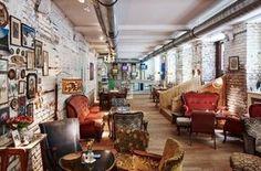 Die gemütlichsten Cafés mit den leckersten Mehlspeisen abseits von Sachertorte und Apfelstrudel.