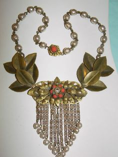 HASKELL Leaf Jewelry, Jewelry Art, Antique Jewelry, Vintage Jewelry, Jewelry Design, Baroque Pearl Necklace, Baroque Pearls, Baroque Art, Vintage Costume Jewelry