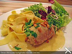 Schweineroulade in Rahmsauce, ein beliebtes Rezept aus der Kategorie Gemüse. Bewertungen: 32. Durchschnitt: Ø 4,1.