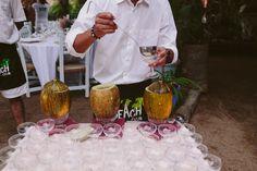 Decoración y organización de boda.  #coconut #coco #fresh #coctel #design #wedding #party #night #latarara