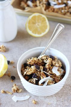 Lemon Blueberry Quinoa Granola | A perfect springtime recipe! Crunchy and full of clusters from quinoa!
