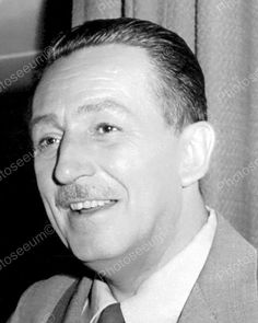 Walt Disney Portrait Vintage 8x10 Reprint Of Old Photo Walt Disney Portrait Vintage 8x10 Reprint Of Old Photo This is an excellent reproduction of an old photo on quality photography paper not cheap i
