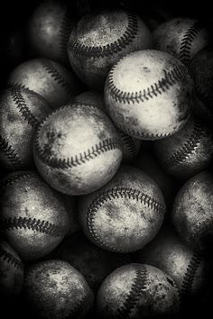 Black and white baseball photo...coolness. Be cool to blow this up on canvas and hang in Caden's room.