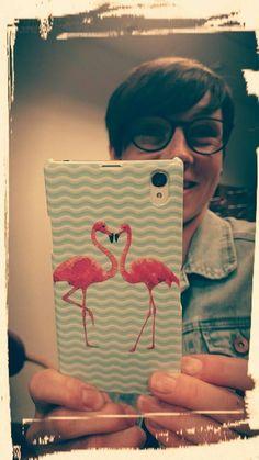 Von @Julia Rolan auf Facebook. Link zum Design >> http://designskins.com/de/designs/tiere/flamingo-dance || #deindesign #designcase #dd #handycase #handycover #handyhuelle #smartphone #iphone #phonecase #case #cover #huelle #bag #tasche #girl #mirror #beautiful #cute #instagram #flamingo