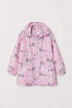 Lightweight jacket in woven fabric with a printed pattern. Lined, detachable hood, zip at front, and front pockets with flap and snap fastener. Fleece Patterns, Unicorn Kids, Cute Baby Clothes, Lightweight Jacket, Fashion Company, Woven Fabric, World Of Fashion, Windbreaker, Raincoat