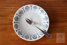 BAGDAD plate 19 cm, Upsala Ekeby, Gefle - FourSeasons.fi Coffee Cups And Saucers, Cup And Saucer, Bagdad, Scandinavian Design, Ceramics, Tableware, Karlskrona, Ceramica, Pottery