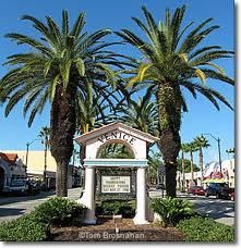 venice Florida...welcome to Main Street, full of small shops and great restaurants. I owned Steve's Super Subs for 10 years on this street.