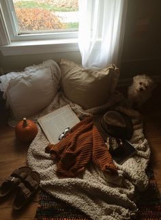 autumn, inspiration, and cozy image Falling In Reverse, Fall Inspiration, Fall Collection, Cozy Aesthetic, Autumn Aesthetic Tumblr, Aesthetic Style, Autumn Cozy, Autumn Fall, Autumn Morning