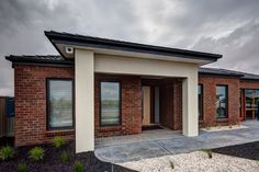 East West Homes Is A Family Owned, HIA Award Winning Home Builder Offering  A Range Of New House Designs To Suit Your Requirements.