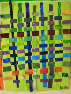 My Grade classes made paper looms out of colorful construction paper by folding a in half, drawing lines every inch with a ru. Paper Weaving, Weaving Art, Literacy Year 1, Handas Surprise, Detox Kit, Weaving For Kids, Body Detoxification, Monthly Themes, Rumble In The Jungle