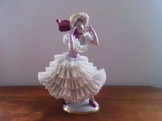 Lovely Dresden Sitzendorf Porcelain Lady Dressed Lace Figurine Figure | eBay
