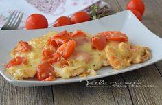 Petti di pollo al forno con pomodorini e scamorza, un secondo piatto…