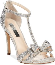 Perfect for a wedding. .i have these!  Lovee them
