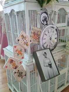 Alice in wonderland Wedding photo table~*