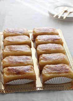 :O Borrachos una delicia Ingredientes: (para 12 borrachos) - Para el bizcocho: 4 huevos 120 g de azúcar 120 g de harina floja - Pa... :) Pinterest ^^ | https://pinterest.com/cookinglovers4eve