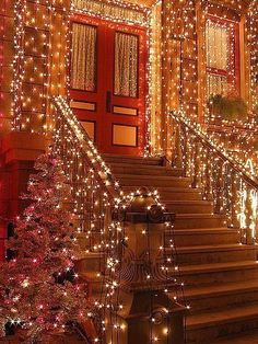 Welcome the festive season of Christmas with beautiful Christmas Outdoor Decor Ideas. From gleaming Christmas lights to outdoor Christmas trees & more. Christmas Time Is Here, Merry Little Christmas, Noel Christmas, Outdoor Christmas, Winter Christmas, All Things Christmas, Christmas Stairs, Christmas Mantles, Vintage Christmas