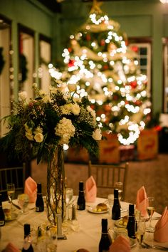 Our festive Christmas tree, displayed in the Grand Ballroom for a New Years Eve Wedding / Photo by Ash Imagery & Flowers by Savannah's Garden
