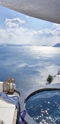 adronis luxury suites / santorini